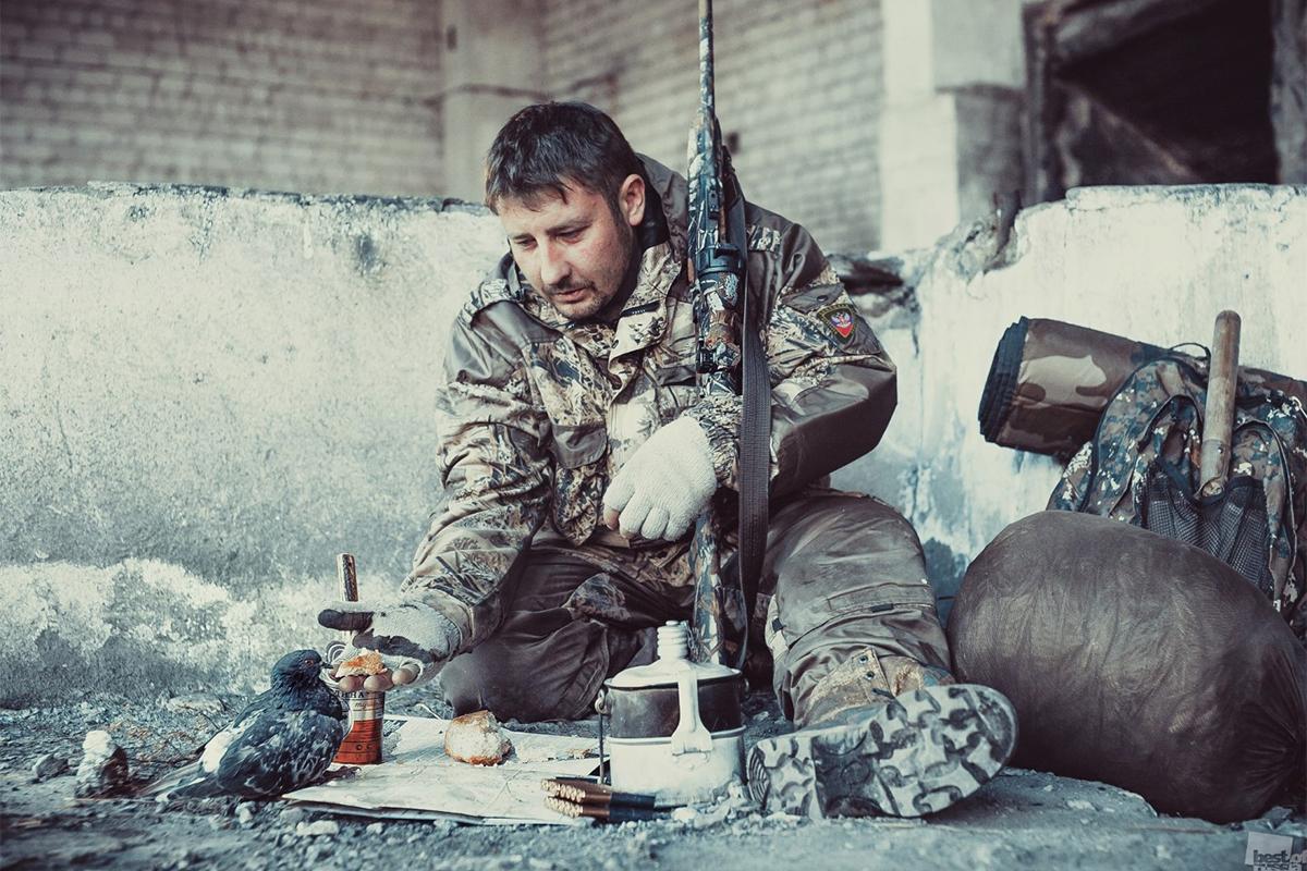 """Svake godine organizira se veliki foto-natječaj """"Best of Russia"""" na kojem sudjeluju autori iz svih krajeva zemlje. RBTH predstavlja fotografije iz kategorije """"Rat i mir u nama""""./Svijet je umoran od ratova."""