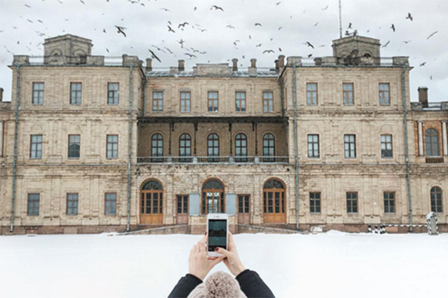Taking a stroll through the palace from BBCu2019s 'War and Peace'
