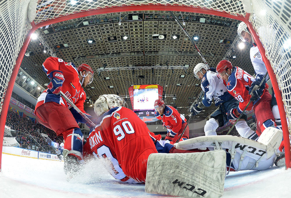 Players in action during the Kontinental Hockey League's Gagarin Cup quarterfinal match between CSKA Moscow and Torpedo Nizhny Novgorod