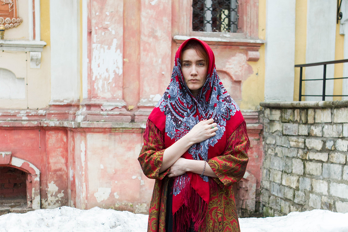 "Zina. ""The shawl is beautiful and stylish, you can wear it as a shawl, you can cover your head with it like a turban or wrap it round your neck like a scarf."""