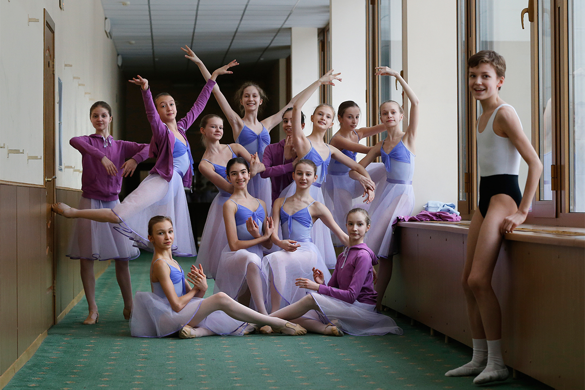 The Bolshoi Ballet Academy has 84 foreigners among its 721 students. A total of 17 Americans study at the Bolshoi academy, outnumbered among the foreign students only by the 28 from Japan, with the rest coming from 22 other countries.