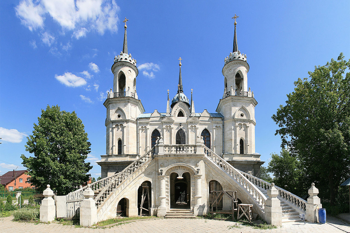 The Church of the Vladimir Icon of the Mother of God was built on the same land.  It is a rare example of a church built in the pseudo-Gothic and neo-Gothic style. The steps look like they lead to a palace, not a church.