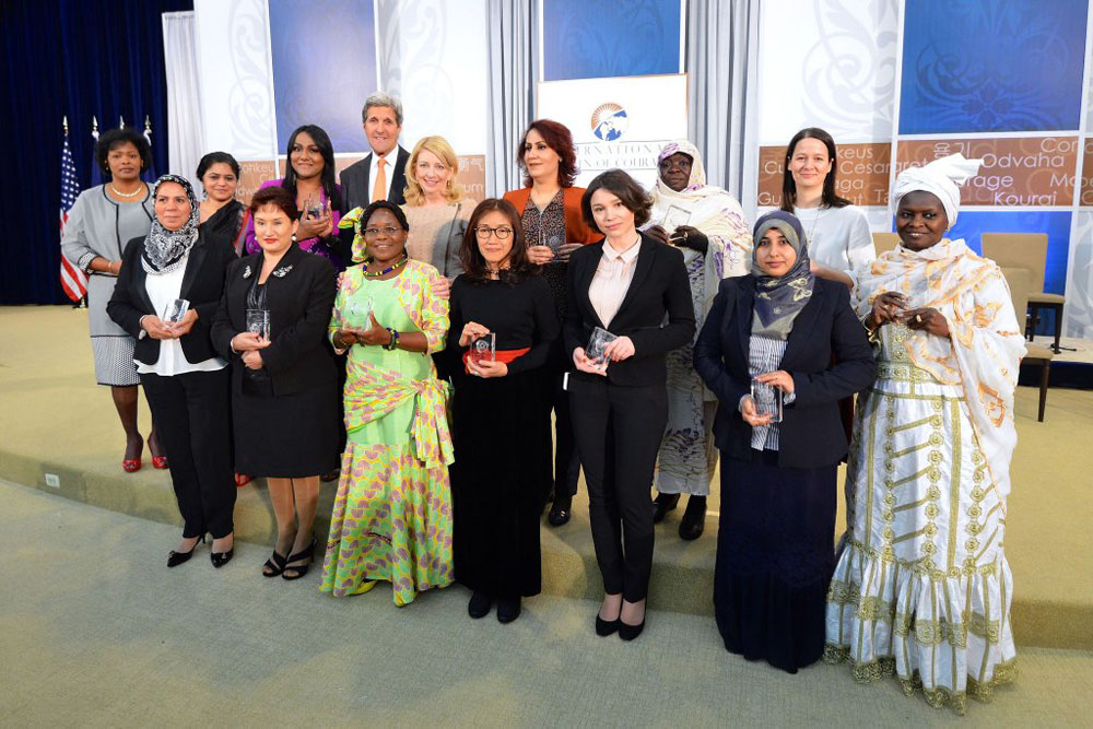 Zhanna Nemtsova (3rd right) among 14 recipients of the State Department's International Women of Courage Award.