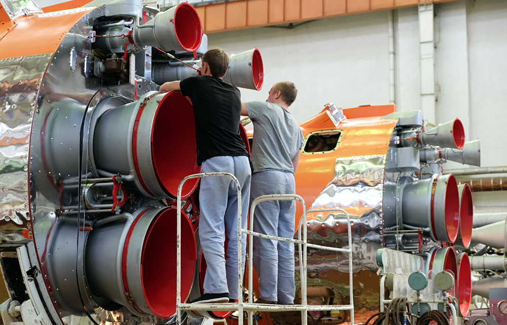 Assembling Soyuz-2 launch vehicles at the Progress State Research and Production Space Center. Source: Nikolay Hiznyak/RIA Novosti