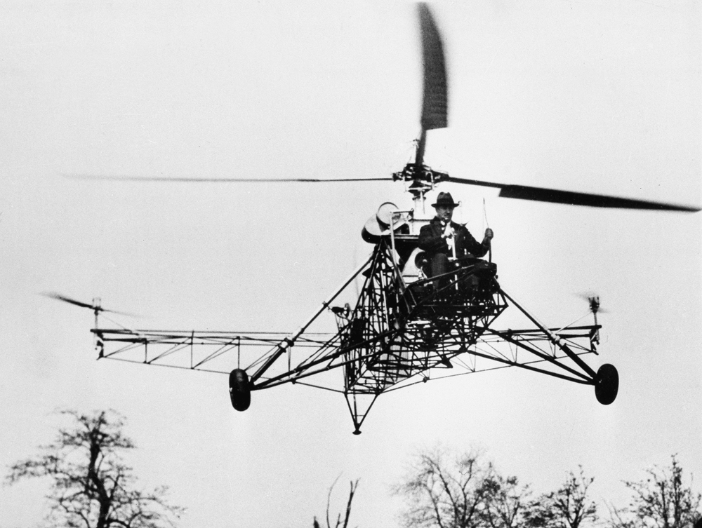 発明家イーゴリ・シコルスキーのヘリコプター=