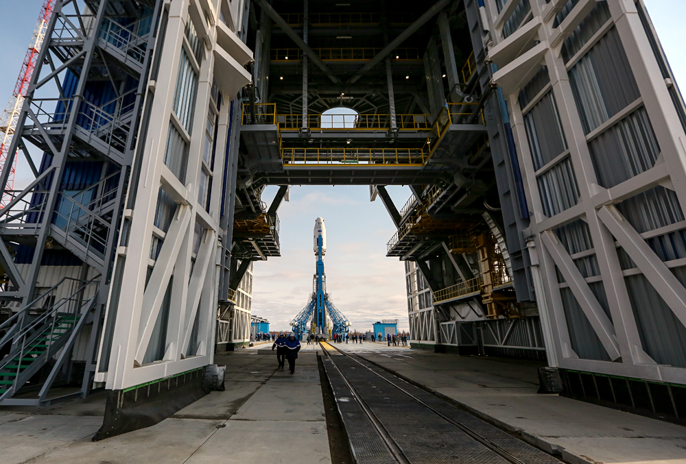 Soyuz-2.1a carrier vehicle with Lomonosov, Aist-2D and SamSat-218 satellites inside is placed on the Vostochny space center's launch pad.
