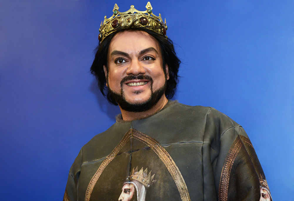 Didier  Marouani and his lawyer were detained when they arrived to sign a settlement agreement in a copyright infringement case with Russian pop start Philipp Kirkorov (pictured).