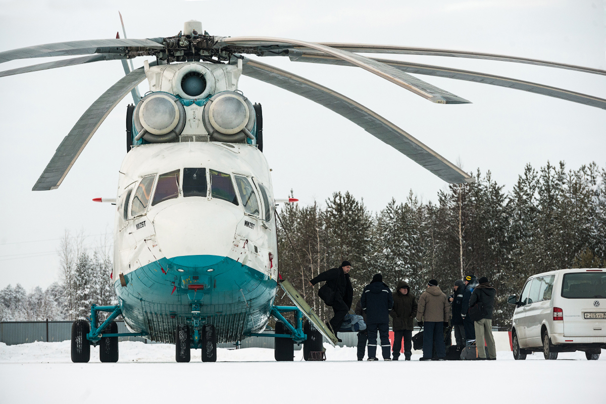 Place an MI-26 and a Boeing-737 side by side, and you'll see that the helicopter is longer.