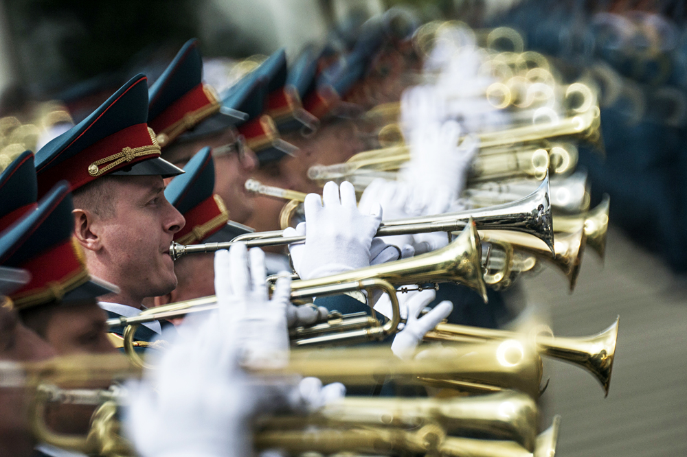 Servicemen of the Moscow Garrison Orchestra during a trial show ahead of a military parade in Moscow.