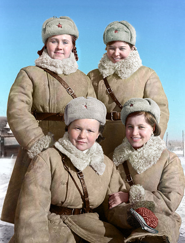 Controladoras de tráfego no Fronte Volkhov, em 1943.