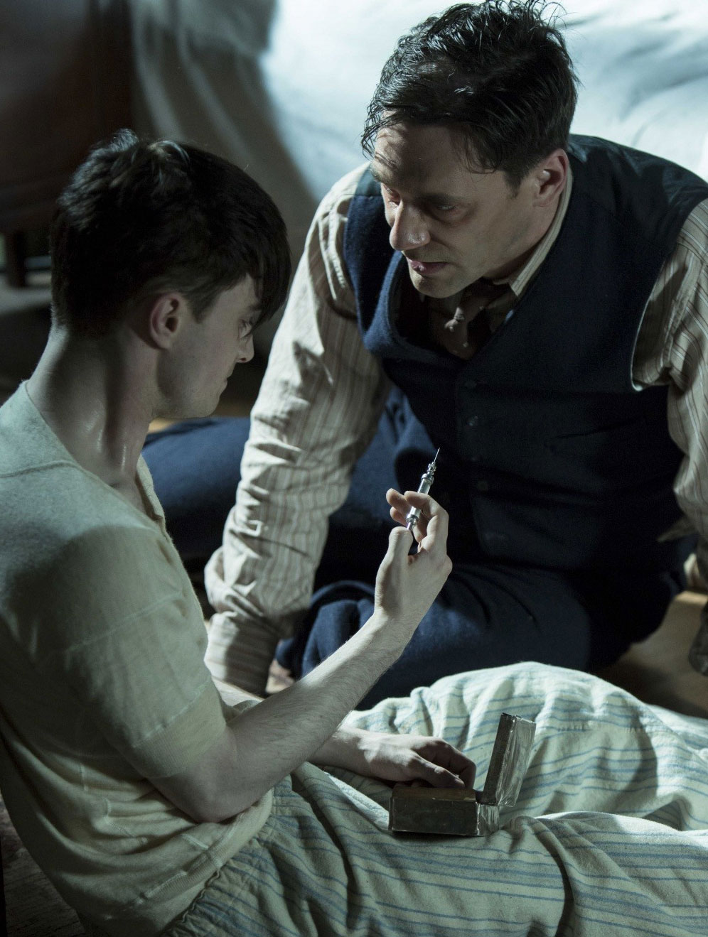 A screenshot from the British series Yound Doctor's Notes starring Daniel Radcliffe. Source: kinopoisk.ru