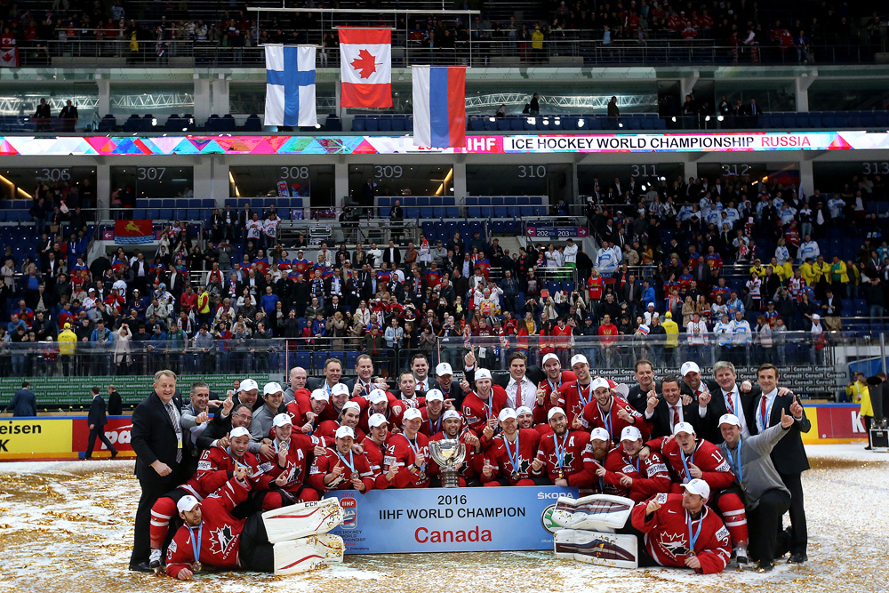 Canada's players pose for a group photograph after winning the 2016 IIHF World Championship final ice hockey match against Finland at VTB Ice Palace in Moscow, Russia, May 22, 2016. The Canadian team won the game 2:0.