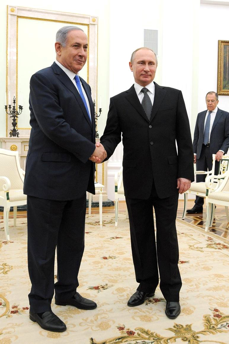 Russian President Vladimir Putin meets with Israeli Prime Minister Benjamin Netanyahu at the Kremlin on June 7.