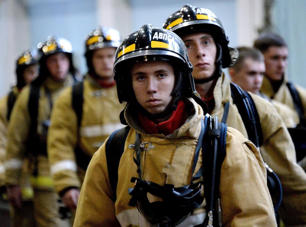 Обука на студенти од Академијата на Државната противпожарна служба при Министерството за вонредни состојби на Русија.