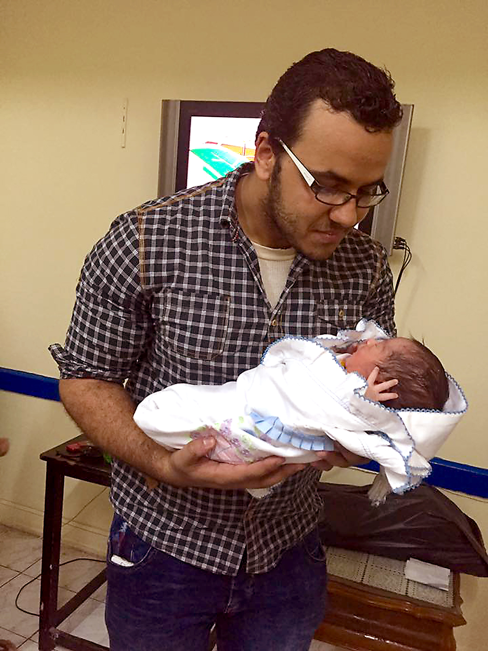 Муамер Мухтар с сыном