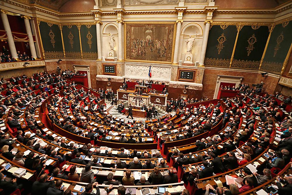 La risoluzione è stata approvata dal senato francese con 302 voti favorevoli su 348.