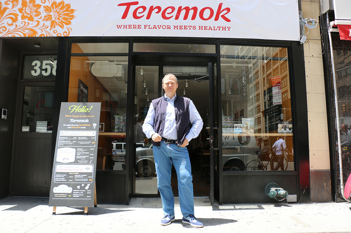 Russian fast casual chain Teremok opens its first restaurant in New York.