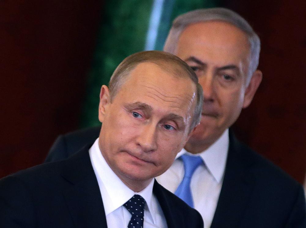 Le président russe Vladimir Poutine et le premier ministre israélien Benjamin Netanyahuand lors d'une rencontre à Moscou.