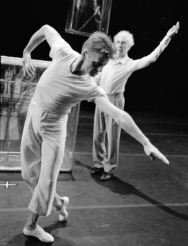Later Baryshnikov moved to the United States, where he went on to become a real star as the principal dancer with the American Ballet Theater, later becoming the troupe's artistic director and ballet master.