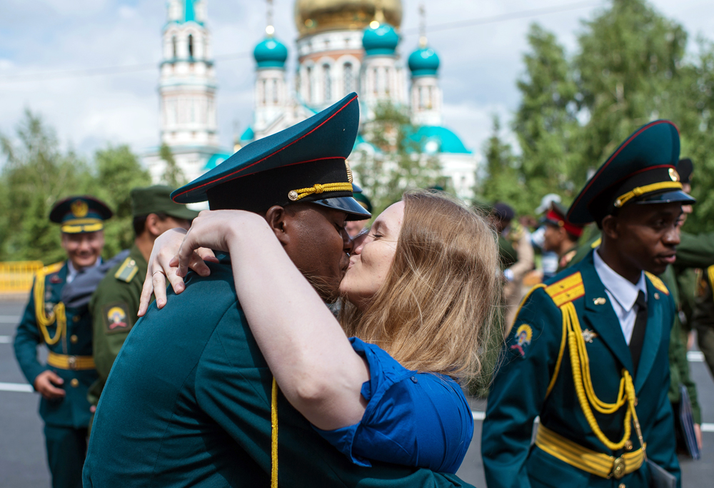 The Omsk Tank and Engineer Institute's student graduation on the city's Cathedral Square.