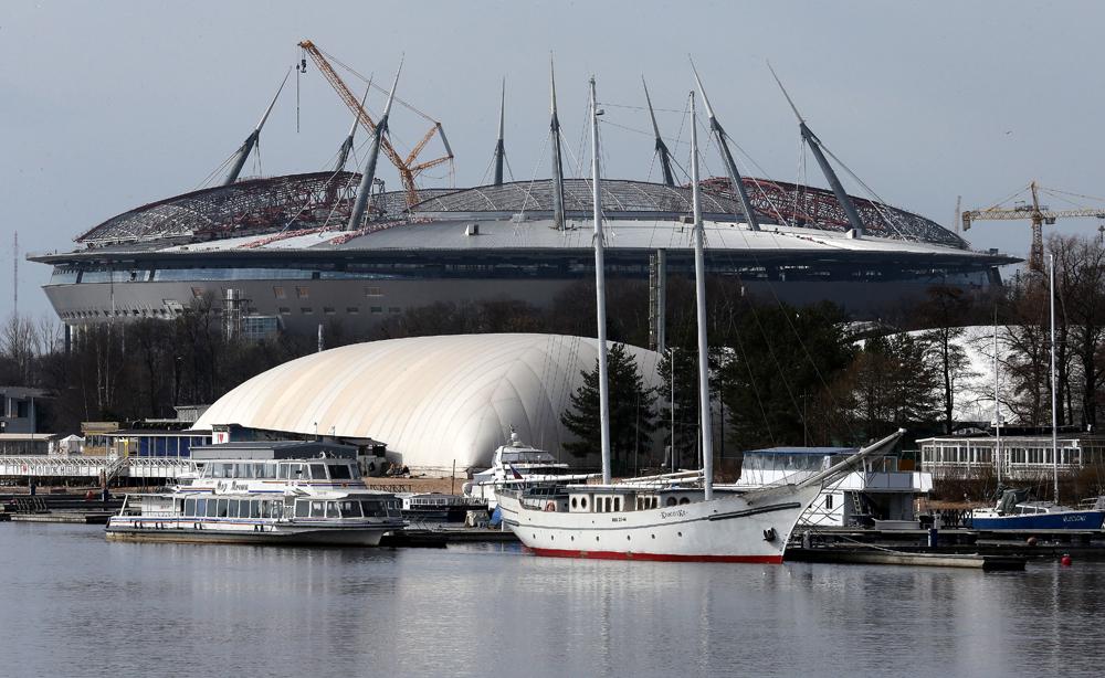 Stadion Zenit-Arena ketika masih dalam proses konstruksi.