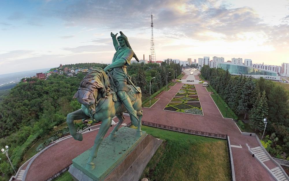 Sumber: Oleg Menkov