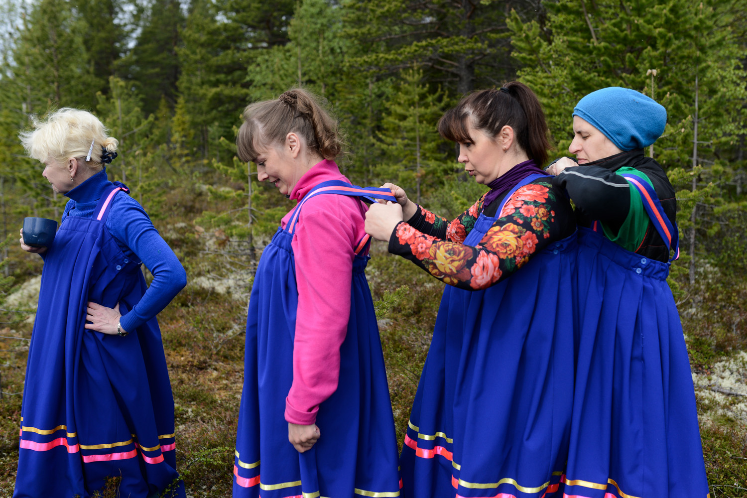 Above all, it is a folk and sporting occasion, including competitions in traditional kinds of entertainment for indigenous inhabitants of the Kola Peninsula.