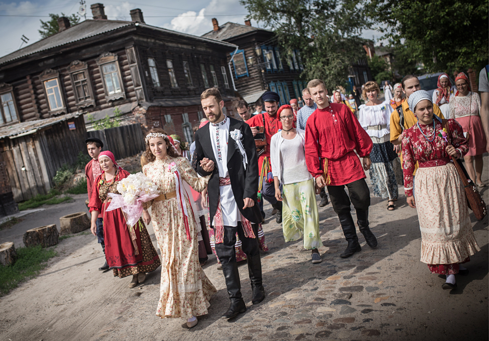 Bride Diana Khamitova and groom Ilya Klinkin during a wedding ceremony held according to an old Russian tradition, at the Tomsk local history museum. The ceremony is organized as part of the work of the laboratory for social and abthropological research of the Tomsk State University.