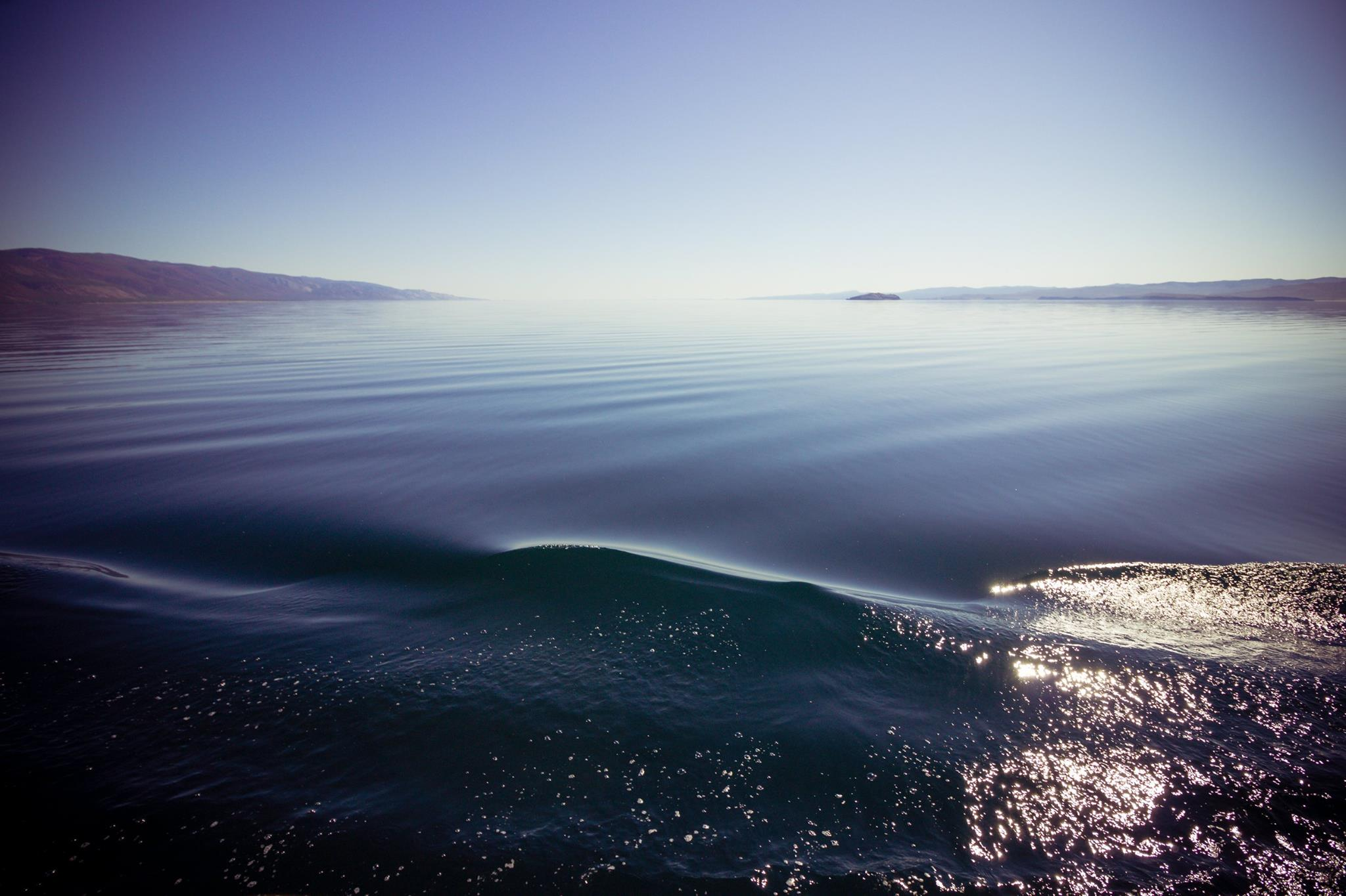 Според Бялата книга на езерото Байкал, издадена с подкрепата на програма за развитие на ООН, има около 40 неправителствени организации, които работят активно за запознаването на света с този проблем и за защита на това природно богатство, което принадлежи не само на Русия, но и на целия свят.