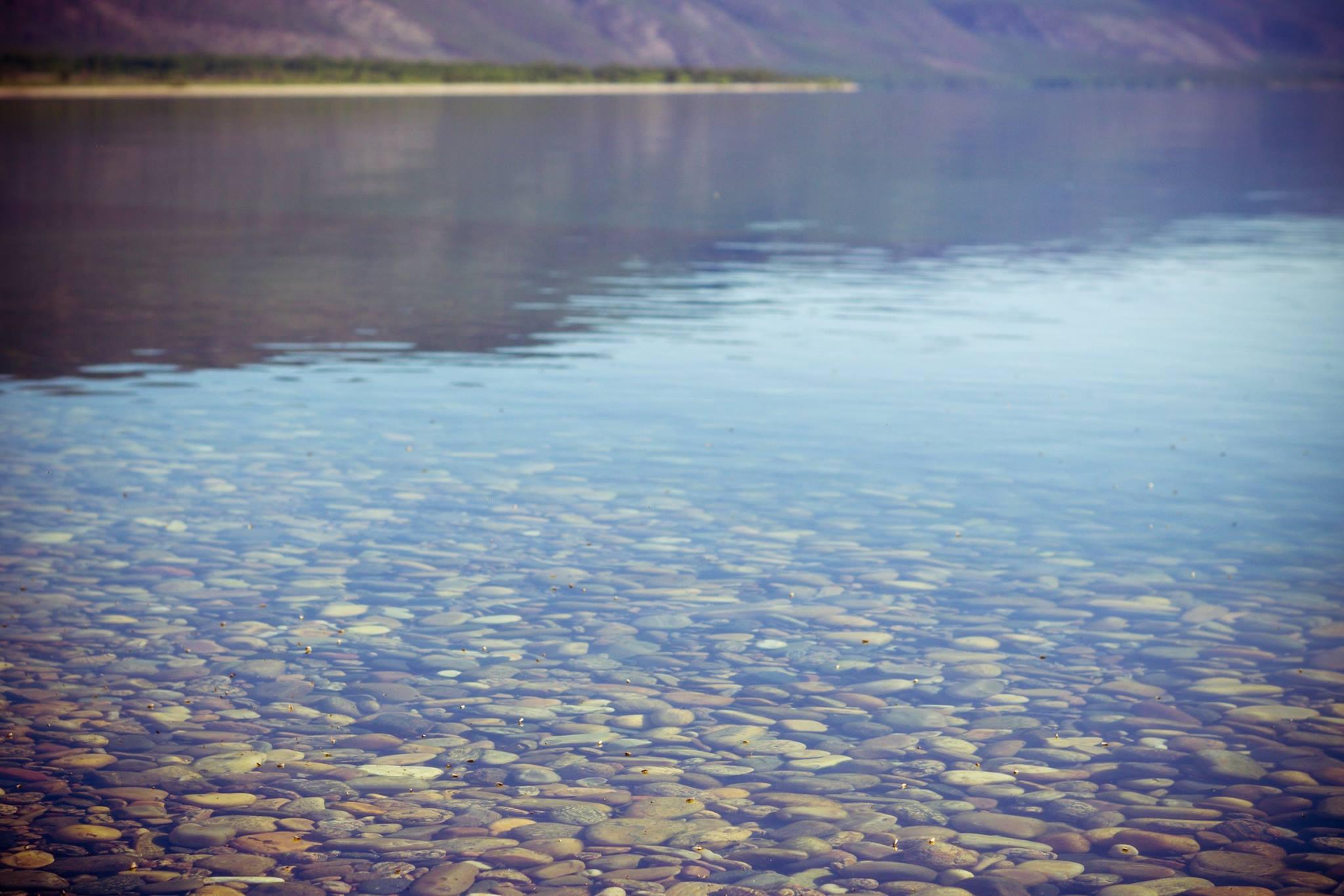 Contém cerca de 20% da água doce descongelada do planeta, sendo considerada uma das bacias mais límpidas existentes. Não é à toa que a possibilidade de lucrar com a exportação de sua água é muitas vezes levantada.