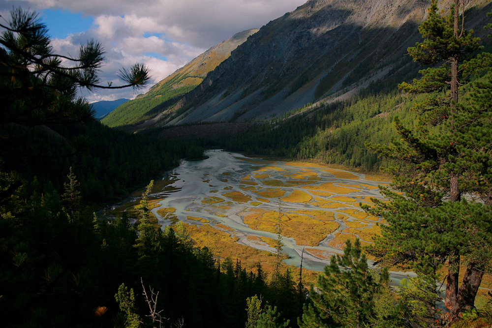 Leave civilization behind and lose yourself in the mysticism and beauty of the Altai Mountains