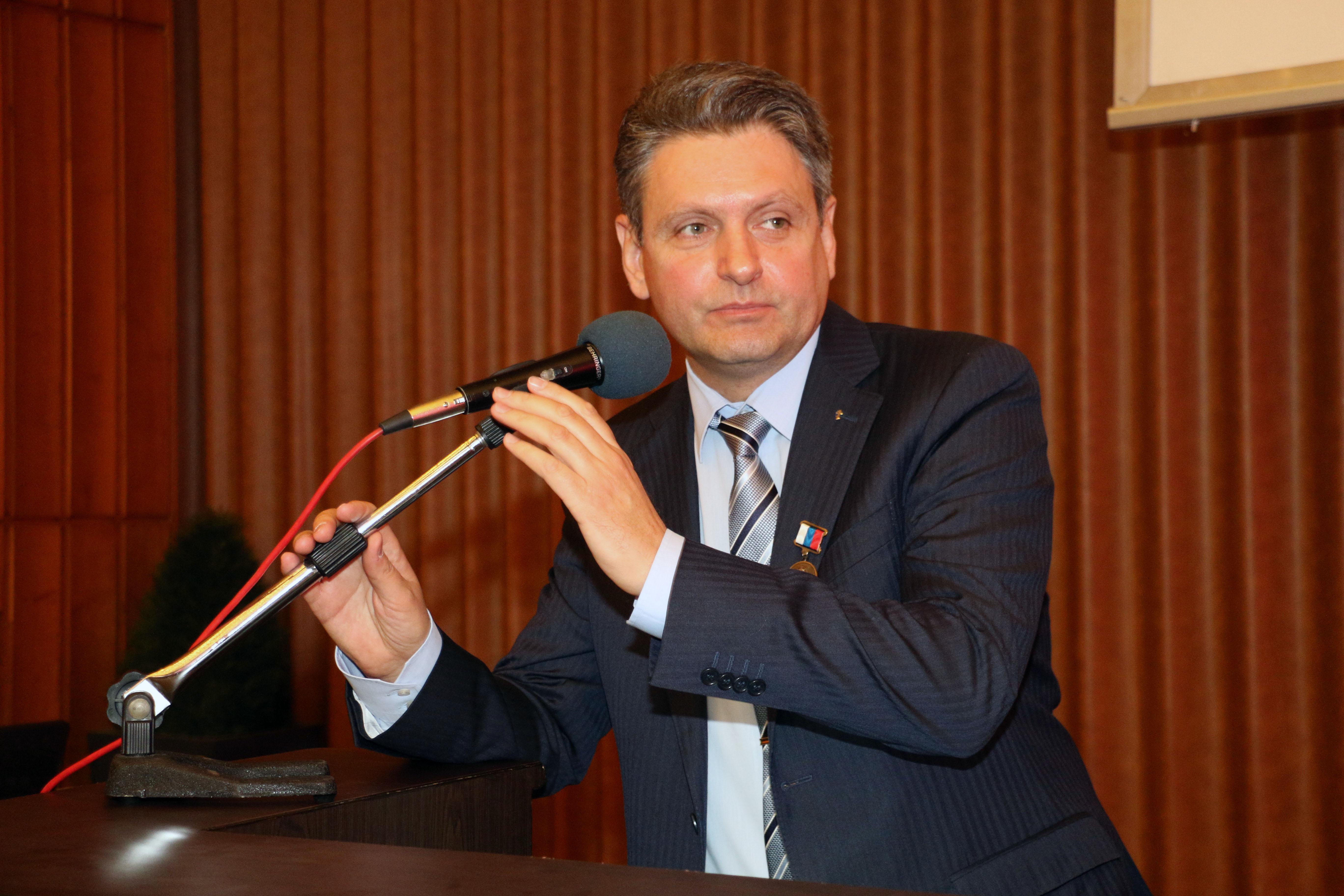"""Председателят на НД """"Русофили"""" Николай Малинов на 5-я Национален форум на сдружението."""