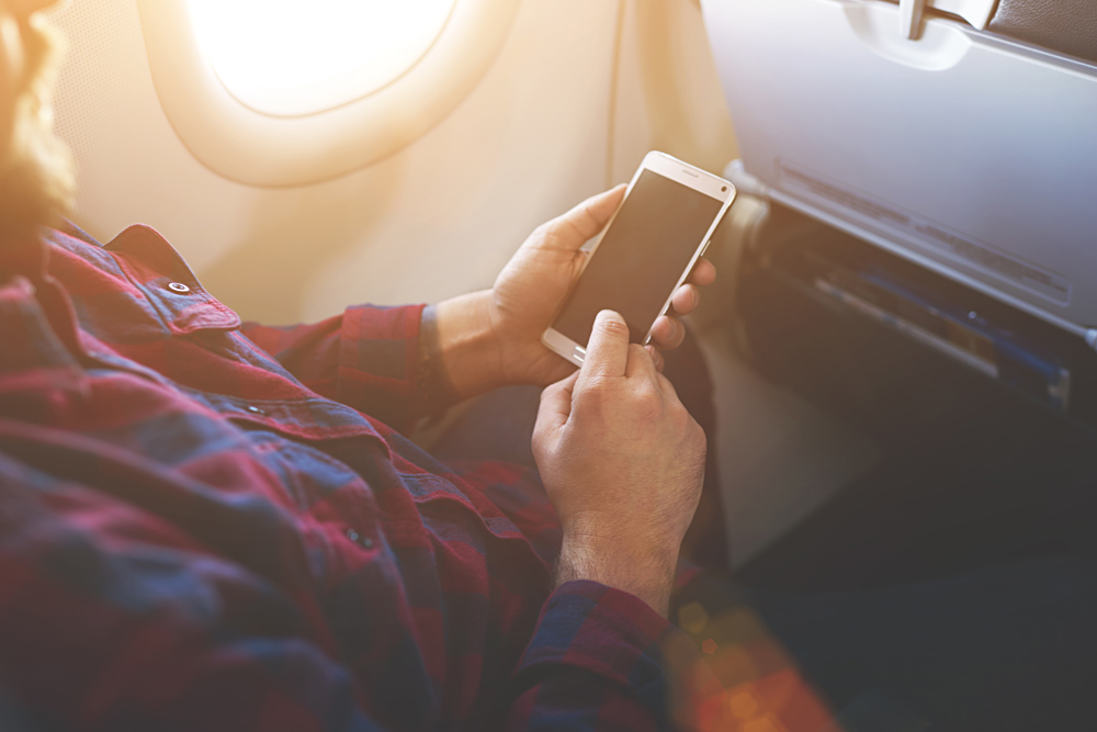 Aeroflot passengers will be able to use smartphones during the entire flight.