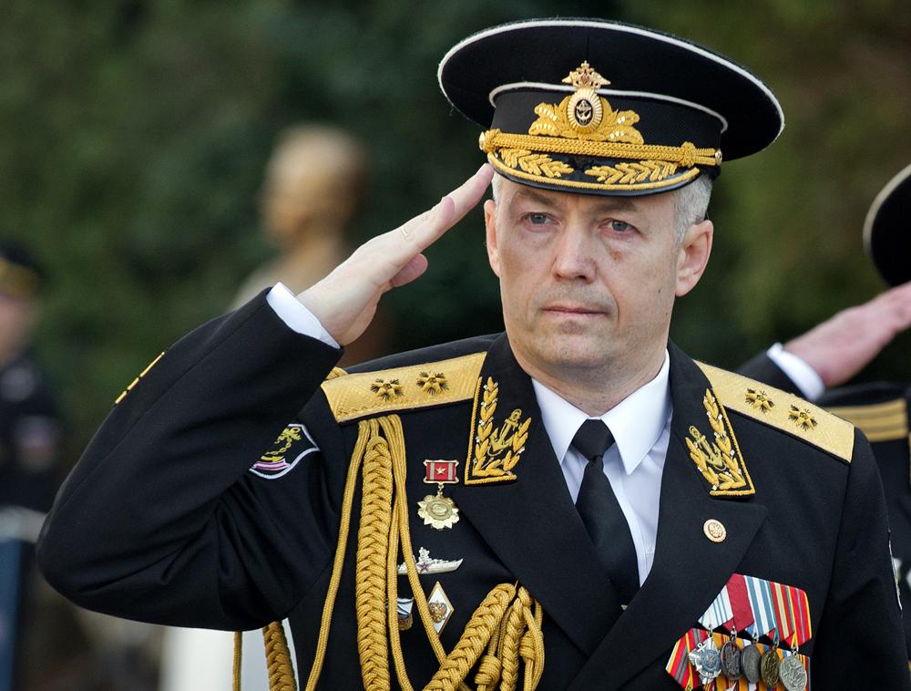 El vicealmirante Aleksánder Nosátov.