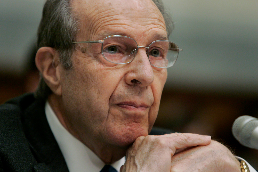 Former Secretary of Defense William Perry testifies on alternative plans for Iraq before the House Armed Services Committee