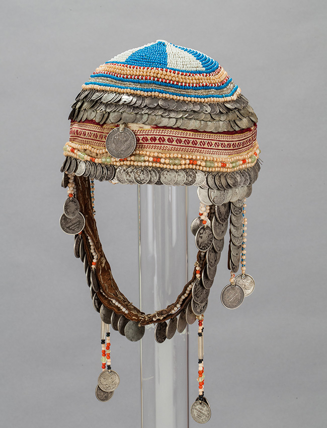 Chuvash female head covering. Tsivilsk, province of Kazan, middle of the XIX, beginning of the XX century.