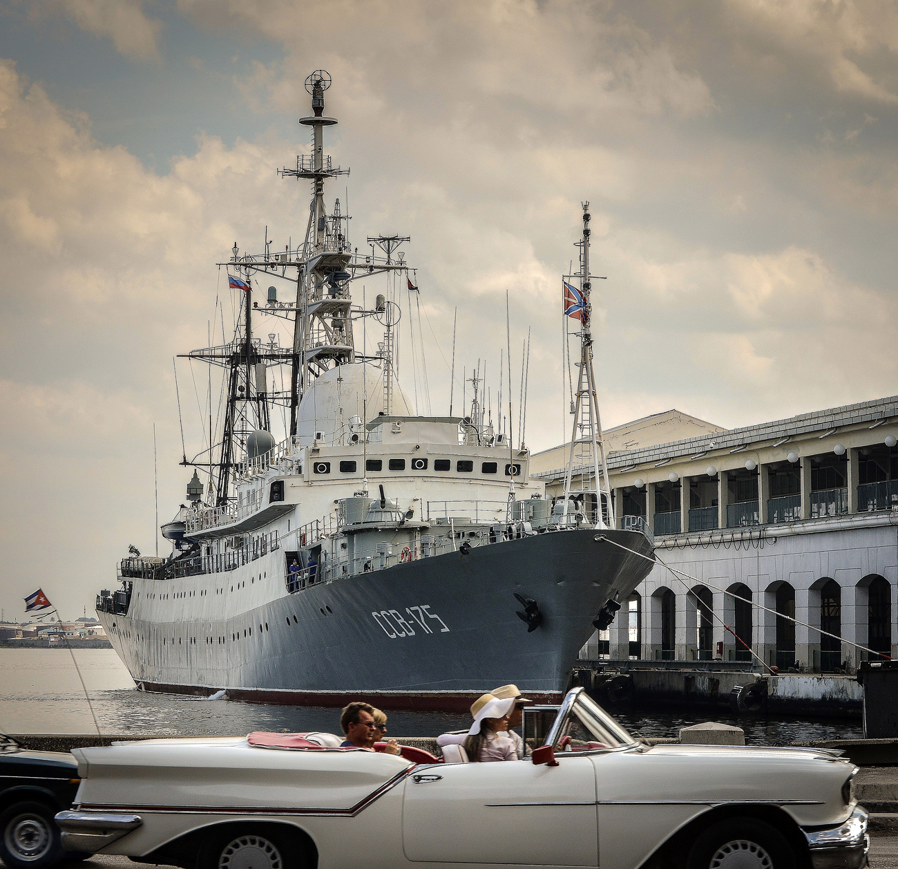 Kapal Vishnya (juga dikenal sebagai Meridian) adalah kapal perang kelas CCB-175 Viktor Leonov. Sumber: Reuters