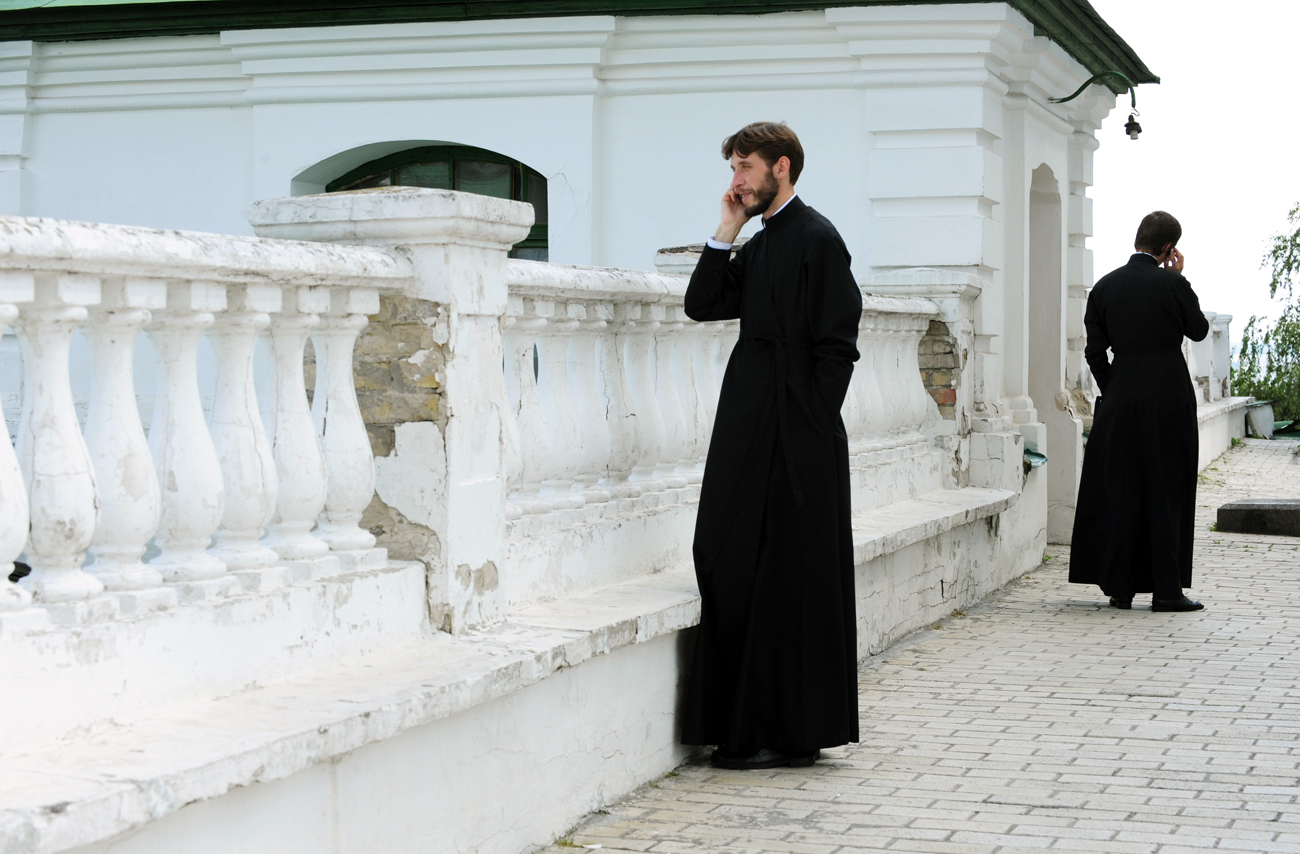The founders of the Elitsy Orthodox social network believe that worshipers need a system that will allow them to constantly keep in touch with the Church. Photo: Inside the Kiev-Pechora Monastery.