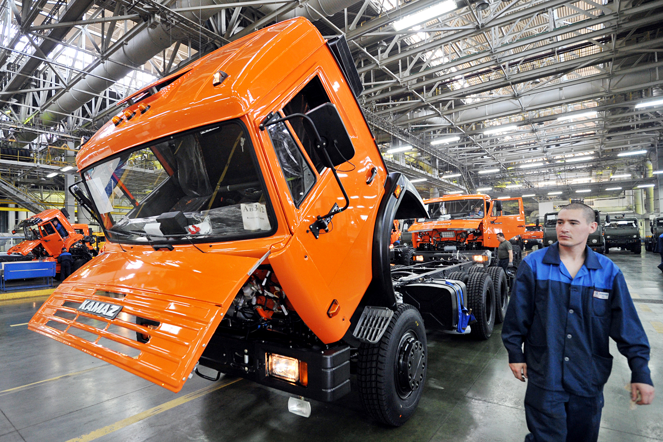 The body and chassis assembly shop at the Kama Automobile Plant (KAMAZ) in Naberezhnye Chelny, Tatarstan.