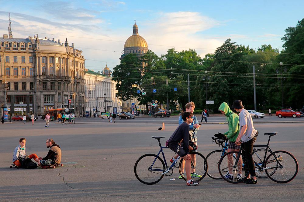 Sulle strade di San Pietroburgo.