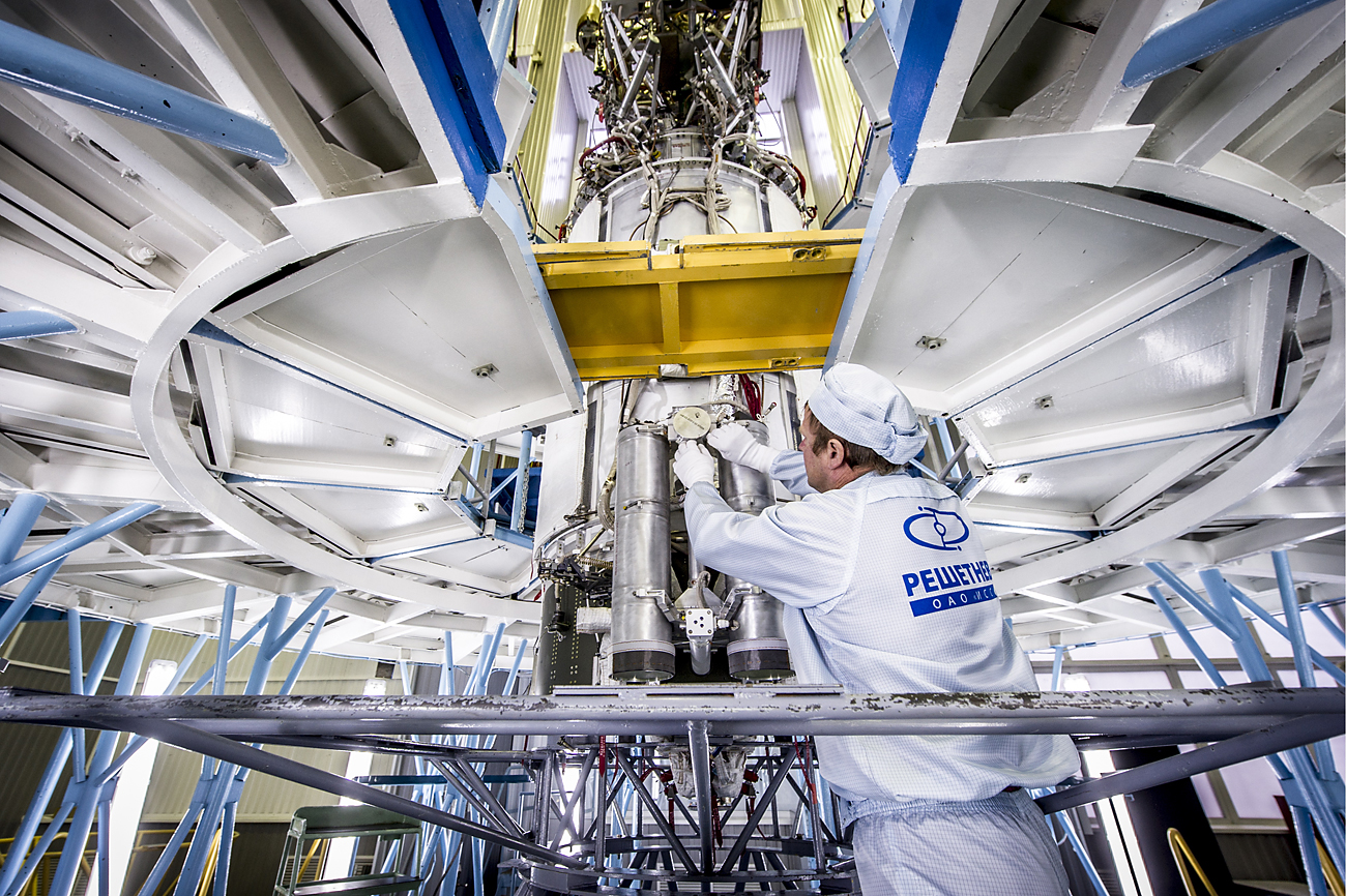 Assembling a Glonass-M spacecraft at the JSC Reshetnev Information Satellite Systems.