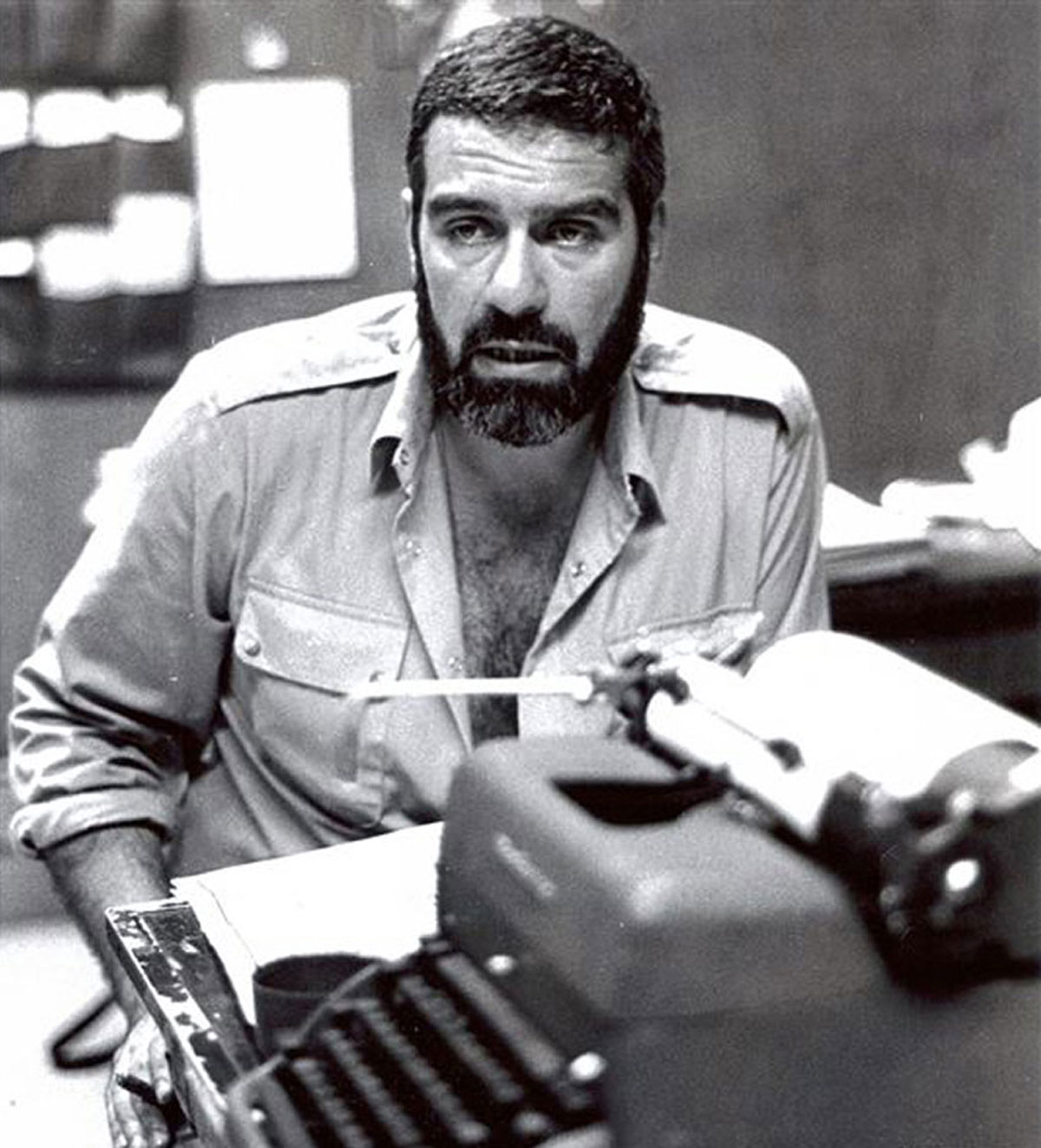 Sergei Dovlatov in the office of 'The New American' newspaper, 1980.