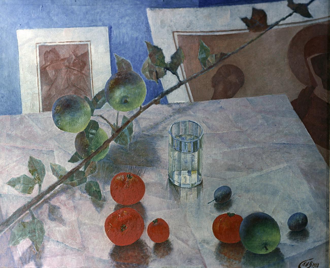 """Stilllife in Rose,"" reproduction of Kuzma Petrov-Vodkin's painting /  Depositphotos/PhotoXPress.ru"