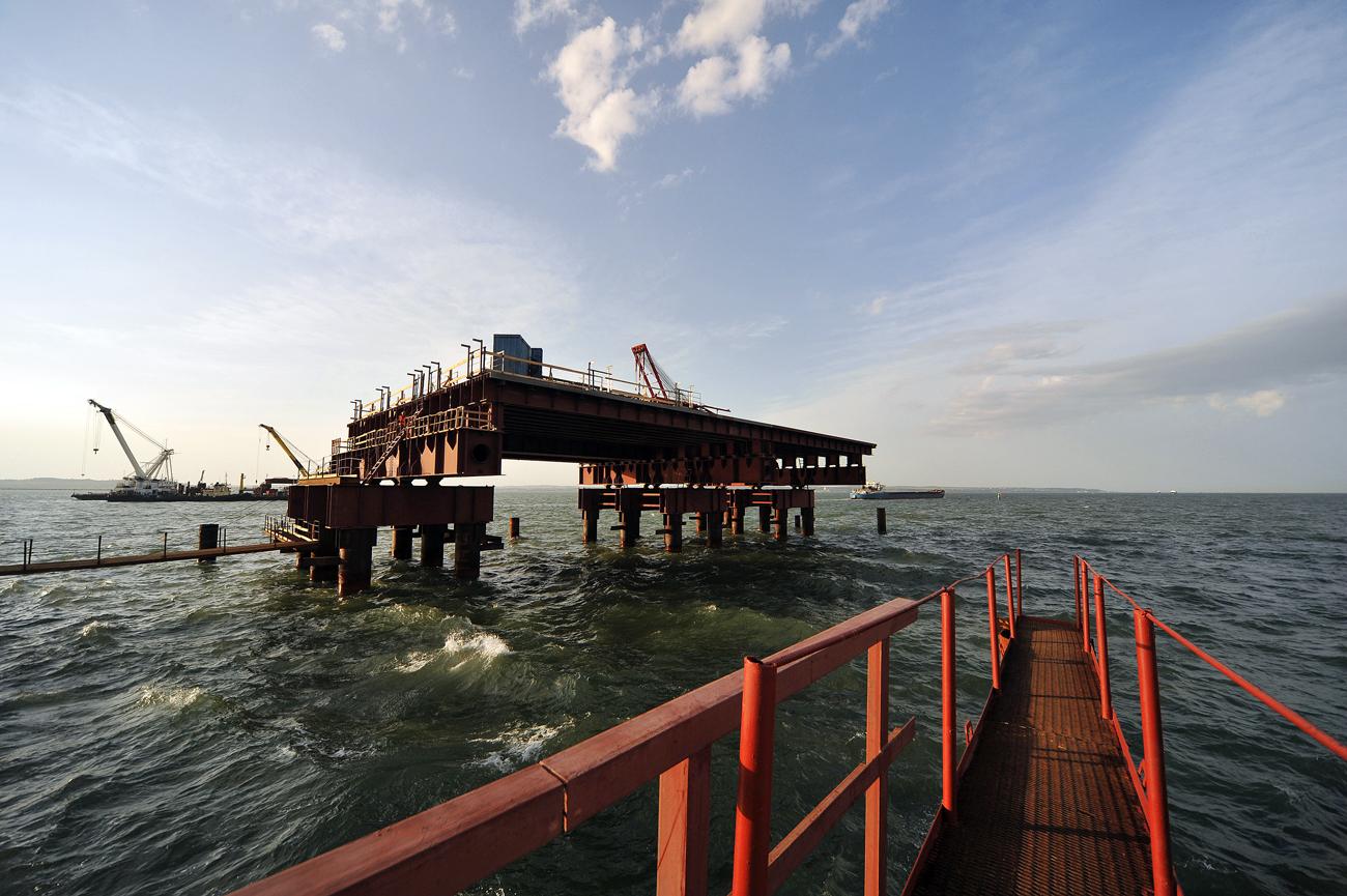 Die neuen Sanktionen erstrecken sich vor allem auf Tochterunternehmen von Gazprom, darunter Gasförderunternehmen, wie zum Beispiel Gazprom dobytscha Urengoj.