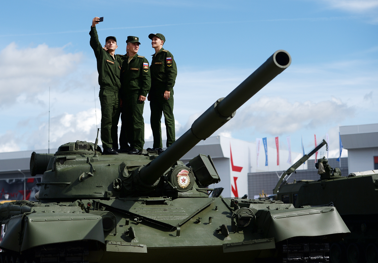 The international military-technical forum Army-2016 opens in the Moscow Region.