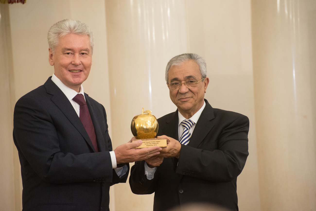 "On Sept. 29, 2015, Moscow was awarded the FIJET Golden Apple award, which recognizes ""superior efforts in promoting and raising the level of tourism."""