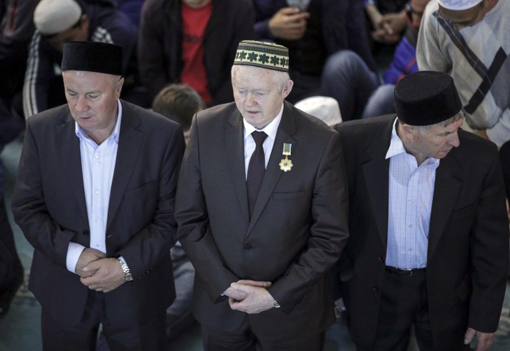 »Obred žrtvovanja označuje človečnost in usmiljenje Najvišjega, ki ni želel preliti človeške krvi,« je za Rossijsko gazeto povedal Rušan Abbjasov, ki je prvi namestnik predsednika Sveta muftijev Rusije.
