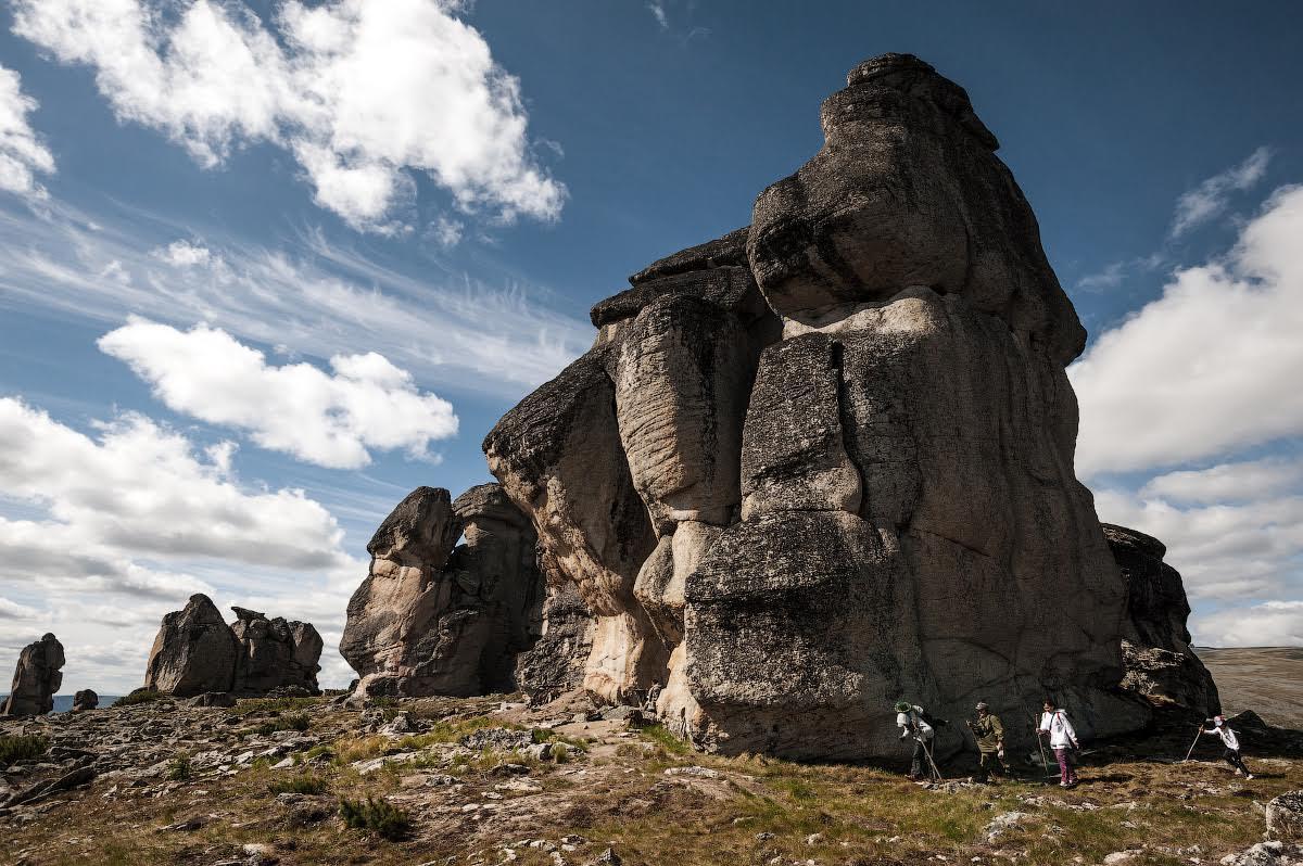 Le rocce della montagna Kisilyakh, nella parte orientale del distretto Verkhoyansk in Yakutia.