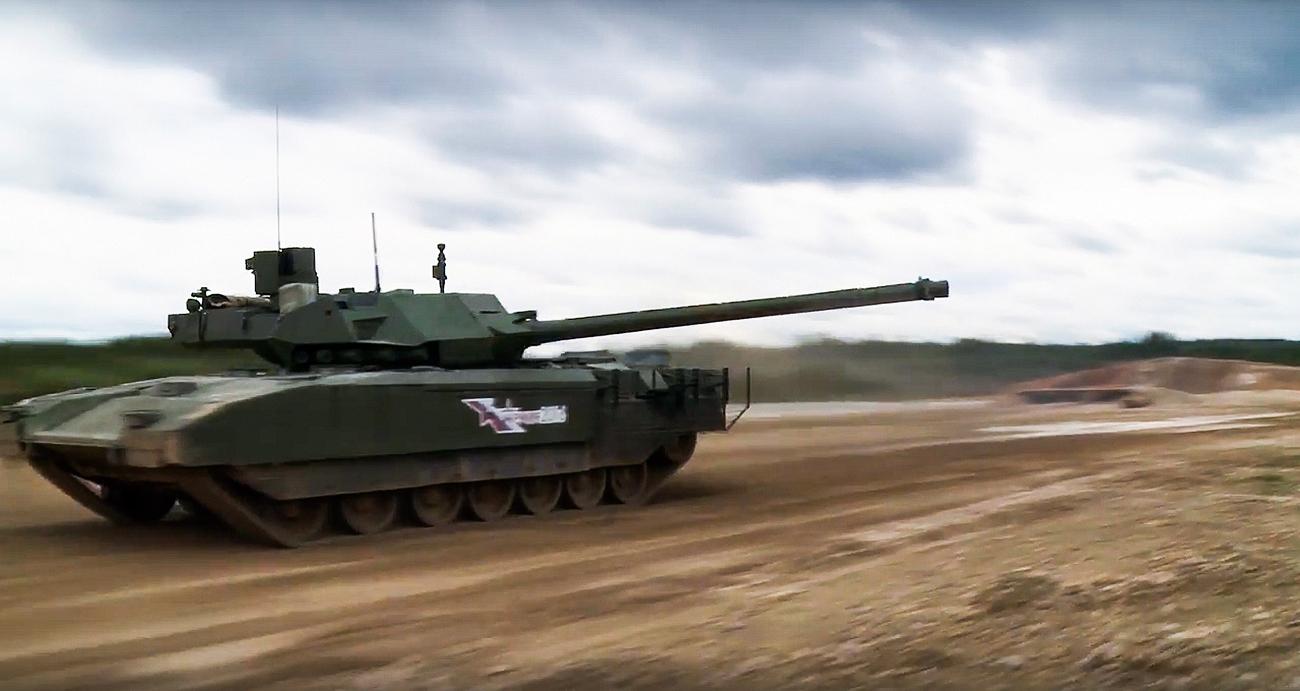 Mesin operasional Armata berkekuatan 1.500 hingga 1.800 tenaga kuda.