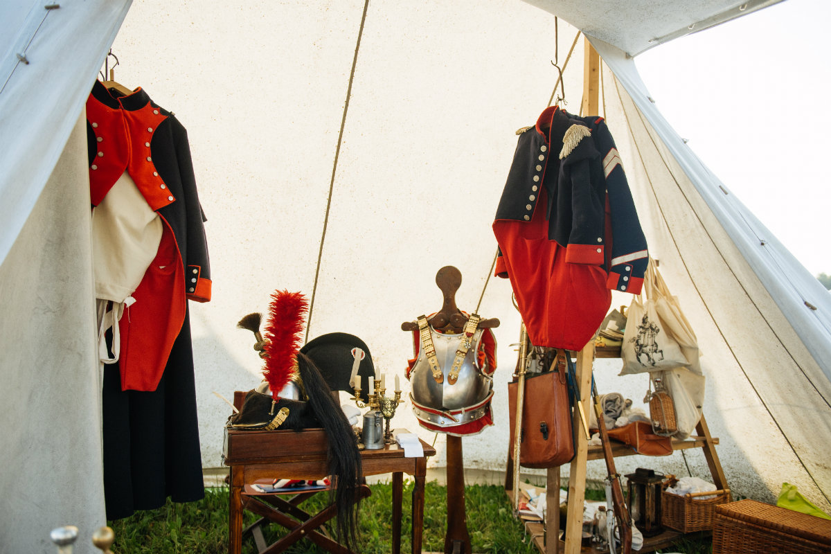 Two days of clanking swords, firing canons, hundreds of horses, tons of armor and pure fun for spectators. The cavalry, infantry and artillery were all identical reproductions of what's written in the chronicles about the most famous battle of Napoleon's disastrous invasion of Russia.